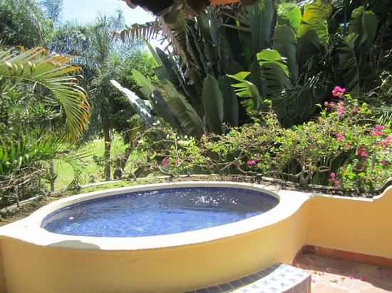 Casa Velas: Our Suite's Jacuzzi