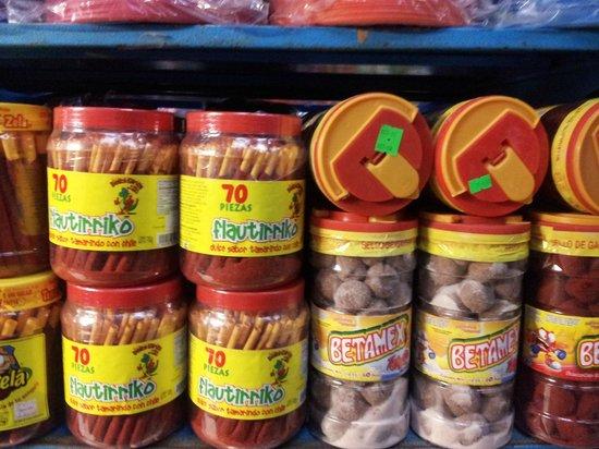 Mercado 23: tienda de dulces al por mayor