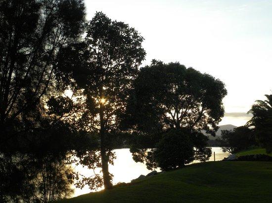 Riverbreeze Tourist Park: river view