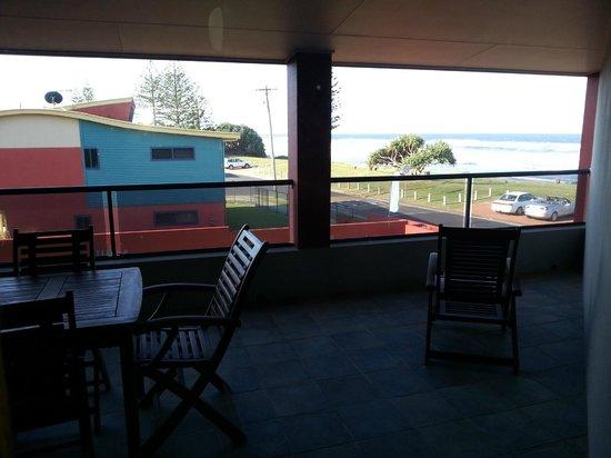 Lennox Holiday Apartments: First Floor Room balcony