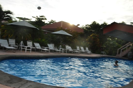 Crocodile Bay Resort:                   pool