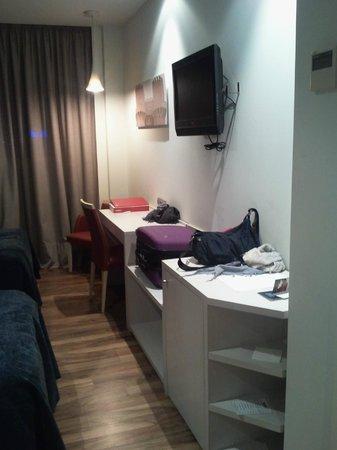 Hotel Táctica: Habitación
