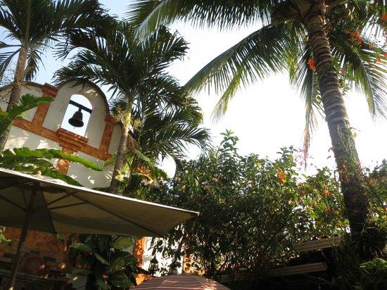 Hotel Casa Gabriela: Patio