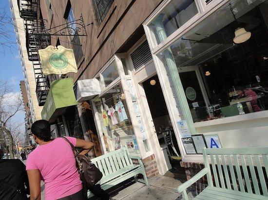 Billy's Bakery: Billy's - Exterior