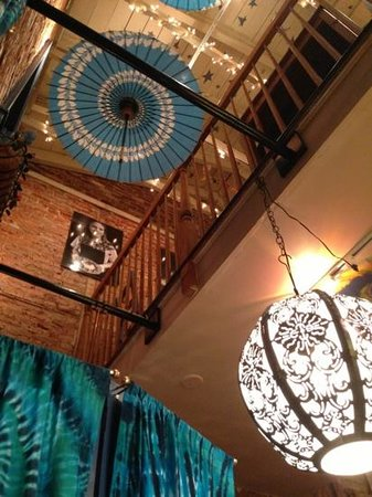 Blue Moose Restaurant & Cafe: Feels great in here :)