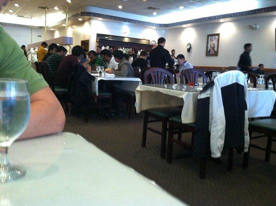 Minerva Indian Cusine: Dining Area