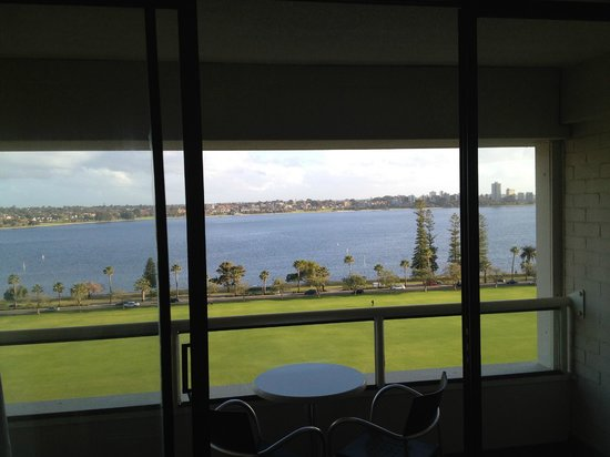 Crowne Plaza Perth: Balcony view