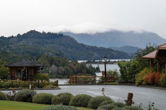 Llao Llao Hotel and Resort, Golf-Spa: Parte del paisaje alrededor del hotel