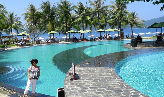 MerPerle Hon Tam Resort: Inviting Pools at Hon Tam Resort