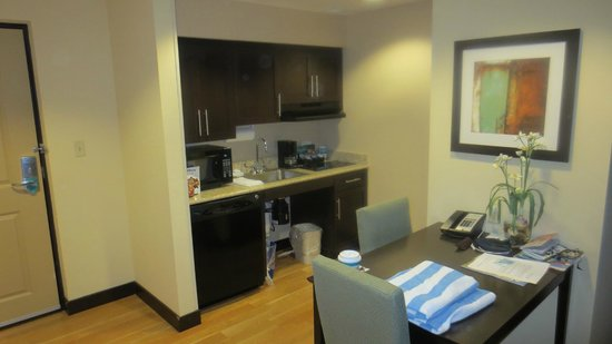 Homewood Suites by Hilton - Port St. Lucie-Tradition:                   cuisinette