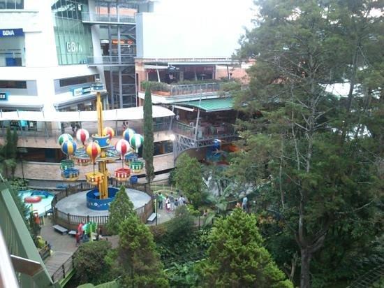El Tesoro Parque Comercial: vista panoramica