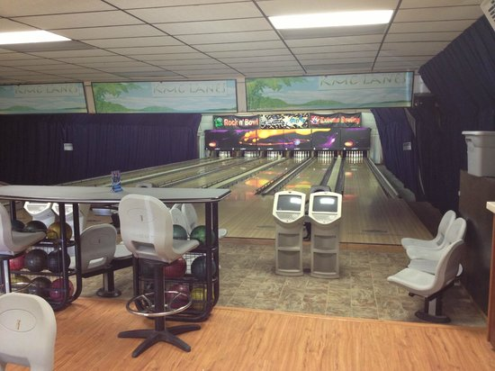 Kilauea Volcano Military Camp:                                     Bowling center