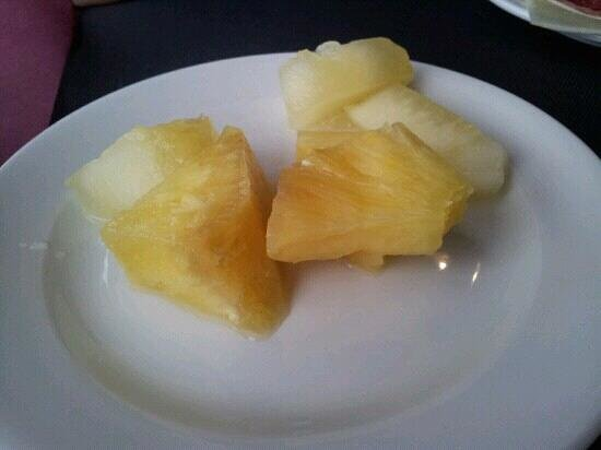 Mercure Atenea Aventura:                                     Brownish fruit