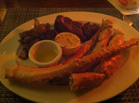 McCormick & Schmick's Seafood & Steaks:                                     beef and crab