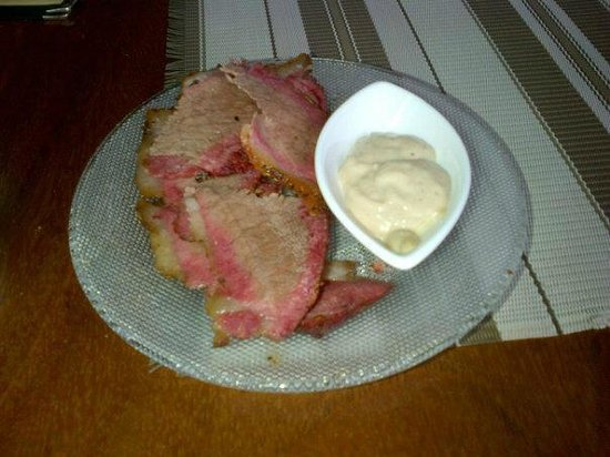 Restaurante Smiley's:                   marinate brisket