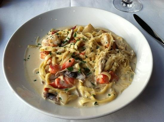 Dresslers Metro:                   lobster shrimp pasta