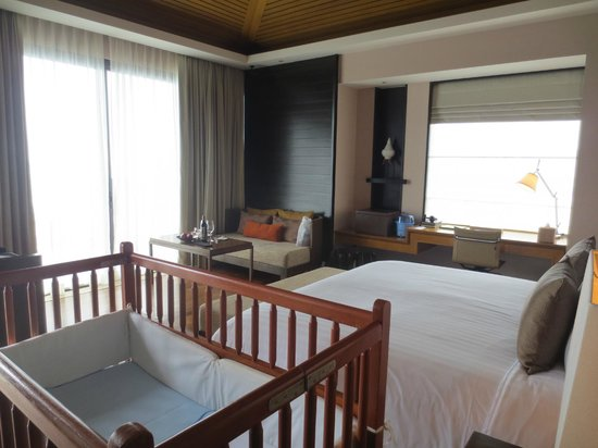 Conrad Koh Samui:                   Bedroom