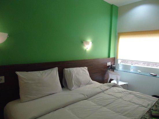 Dream @ Jimbaran & ZEN Rooms :                   Bed
