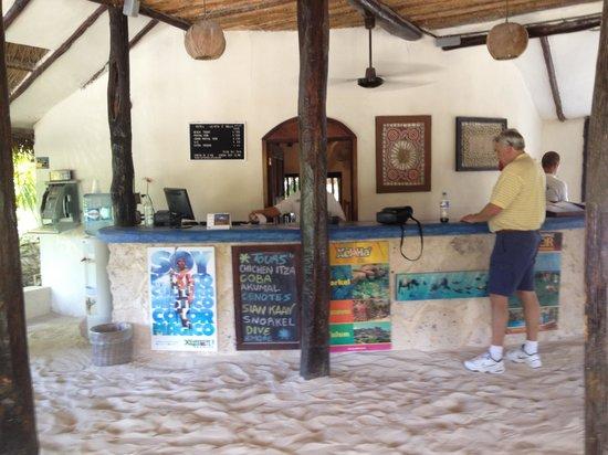 Poc-na Tulum:                   sand hotel lobby