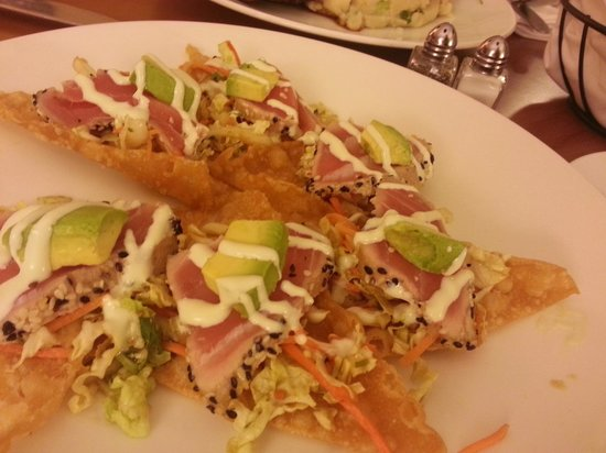 Anaheim Marriott:                   room service - seared ahi nachos are to die for