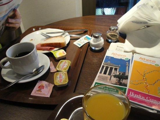 Plaka Hotel : Café da manhã