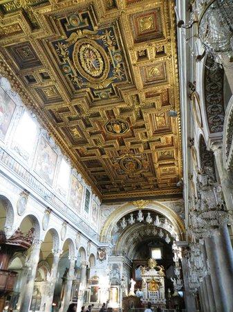 Kirche Santa Maria in Aracoeli:                   Santa Maria d