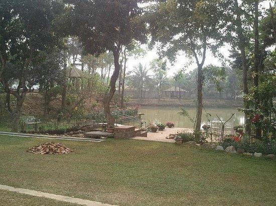 Third Terrace Resorts:                   Resort