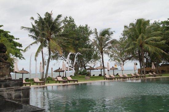 Belmond Jimbaran Puri: pool area