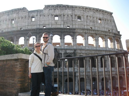 Dearoma Tours: Our stop at Il Colosseo! Great photo, Valerio!