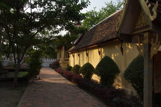 Wat Si Saket: the quiet of the afternoon