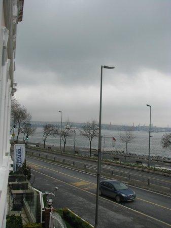 BEST WESTERN Citadel Hotel: Вид из окна