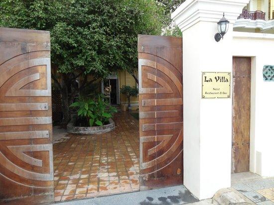La Villa Restaurant Battambang