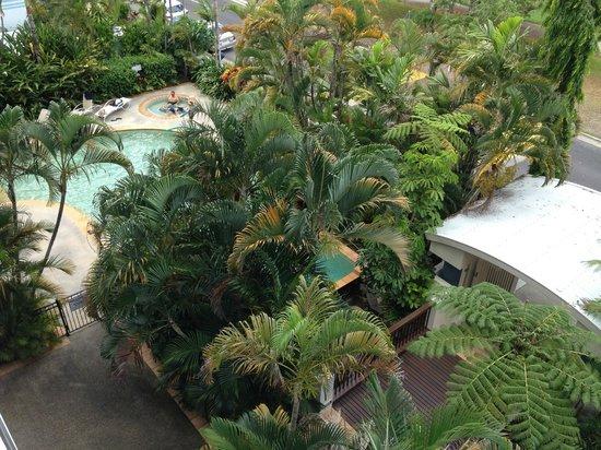 181 The Esplanade: pool