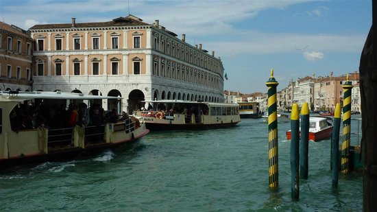 Al Ponte Antico Hotel:                                     The best show in town