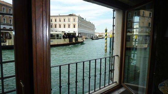 Al Ponte Antico Hotel:                                     Best window in Vanice