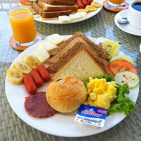 Langkawi Chantique Resort:                   Day 2 breakfast