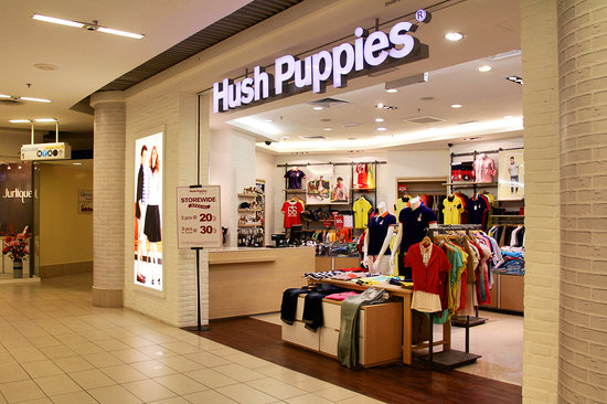 Queensbay Mall: Hush Puppies