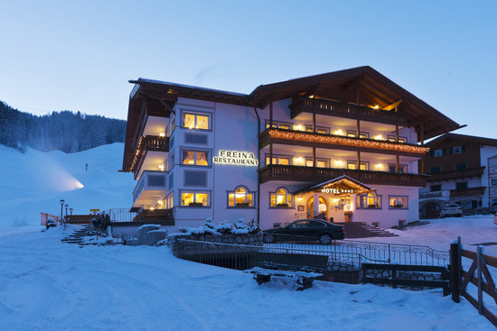 Hotel Freina - winter