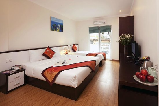 Rising Dragon Estate Hotel: city view