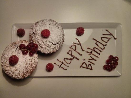 คาซ่า แคมเปอร์ เบอร์ลิน: Birthday treat