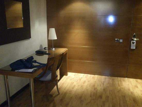 Aparthotel Mariano Cubi: Entrada
