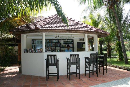 The Beach Resort: Pool bar