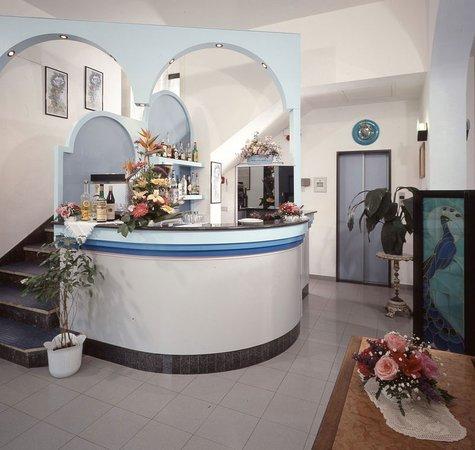 Hotel Iride bar