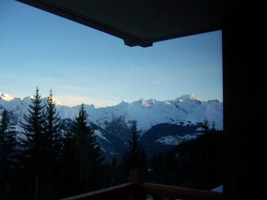 Pierre & Vacances Premium Residence Les Alpages de Chantel: vue vers mont blanc
