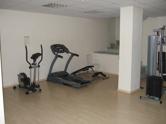 Sea View Hotel: Fitnessraum