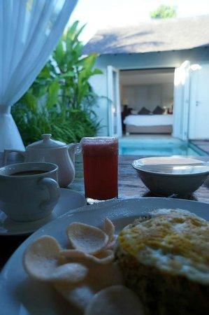 Astana Kunti: Breakfast