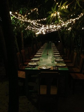 Freedomland Phu Quoc Resort: Communal dining