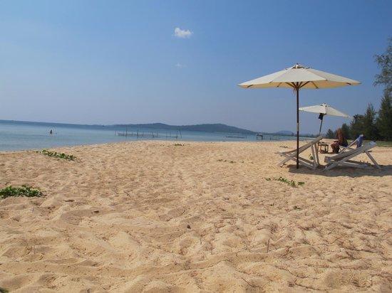 Freedomland Phu Quoc Resort: The amazing beach