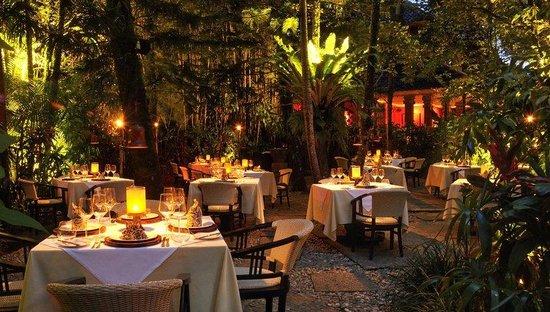 Mozaic Restaurant Gastronomique: outdoor athmosphere