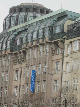 EA Hotel Rokoko: Extérieur hôtel
